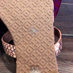 Tory Burch Shoes - NWT TORY BURCH METAL MILLER STAMPED SNAKE PRINTED